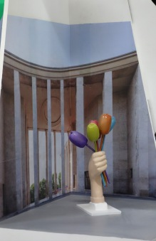 Si les tulipes de Jeff Koons pouvaient rester à l'état de modèle réduit...